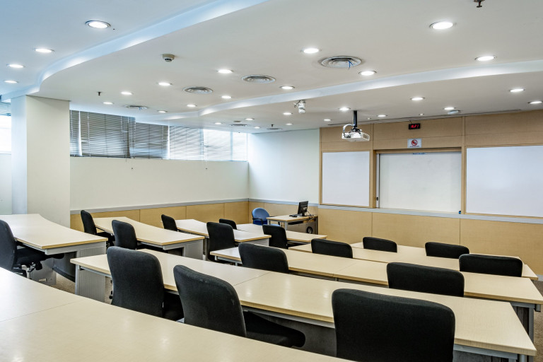 Lecture Hall (3)